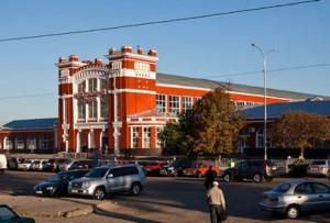 blagoveshenskij-bazar-v-harkove