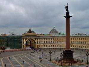 dvorcovaya-ploshad-sankt-peterburg