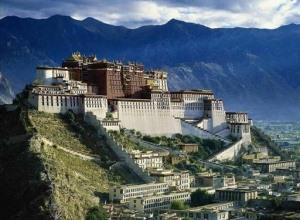 dvorec-potala-v-tibete