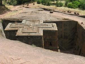 skalnie-cerkvi-v-lalibele-efiopiya