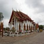 vat-chalong-buddistskij-hram-na-ostrove-phuket