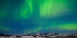 Яркое северное сияние можно увидеть весной