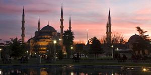 Как города меняют имена? Стамбул и Нью-Йорк