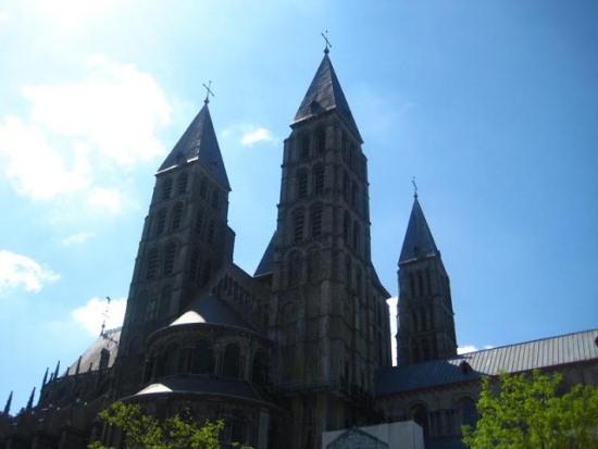 Кафедральный собор в городе Тюрне