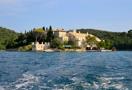 Остров Млет в Хоратию