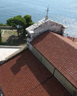 Вид с колокольни церкови Святого Евфимия в Ровине