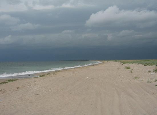 Дуранкулак, пляж осенью