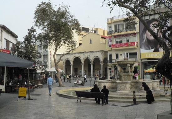 Площадь Львов в Ираклионе