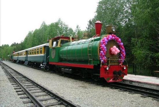 Тепловоз детской железной дороги в Новосибирске
