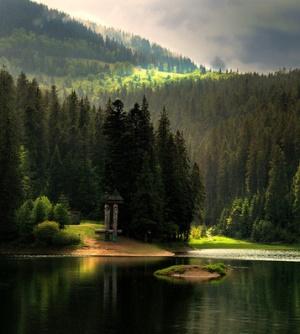 Озеро Синевир вечером