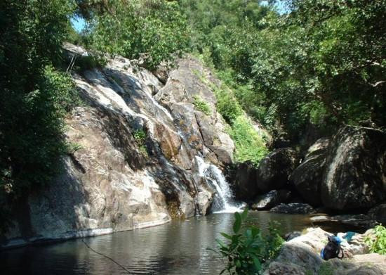 Хин Лад (Hin Lad Waterfall)