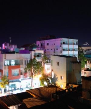 Кханто ночью