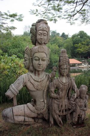 Храм Истины возле Патайи