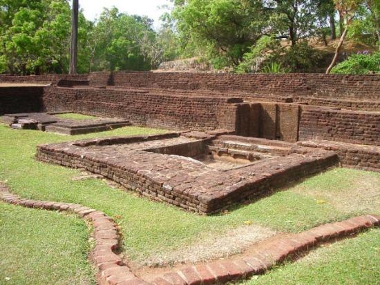 Сигирия, древний город в Шри-Ланке